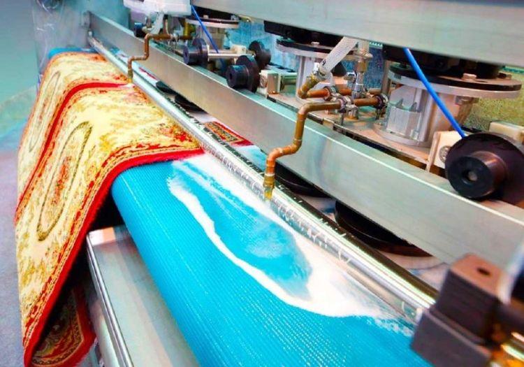 Как очистить ковёр от пятен