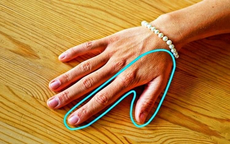 О каких проблемах со здоровьем могут рассказать ваши руки и ногти