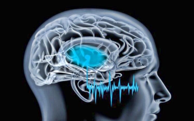 Всему виной тиннитус: диагноз, который объясняет, почему звенит в ушах