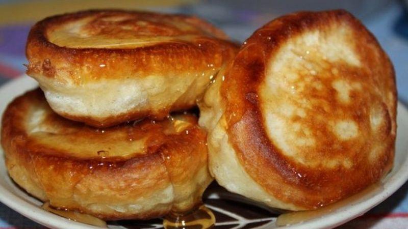 Оладьи на кефире - вкусный рецепт воздушного лакомства