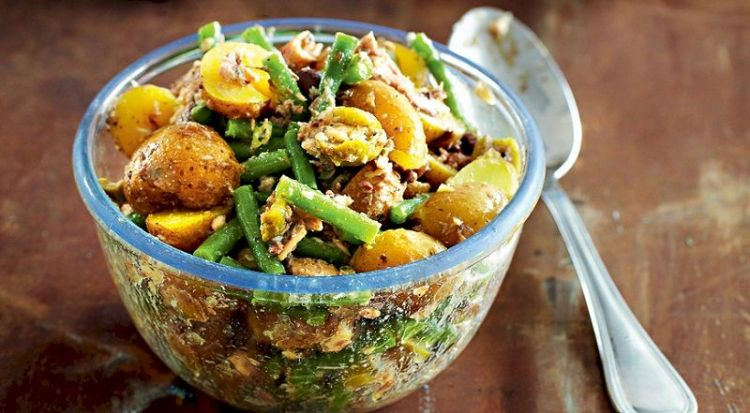 Салат с картошкой