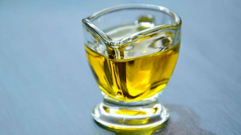 Здоровье как по маслу: какое растительное масло действительно полезно, а какое только притворяется
