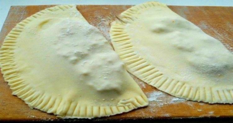 Тесто для чебуреков: как приготовить чебуреки вкуснее, чем в чебуречной