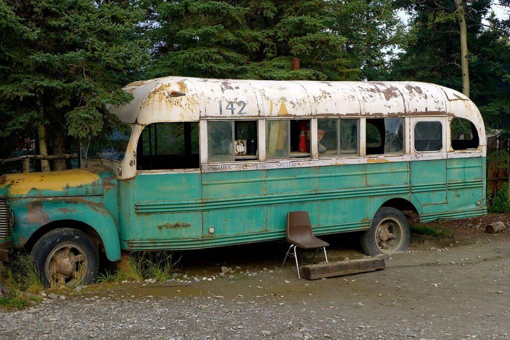 Into the wild bus replica