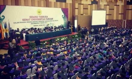 Wisuda Gelombang II : Universitas Pakuan Bogor Lepas 565 Wisudawan