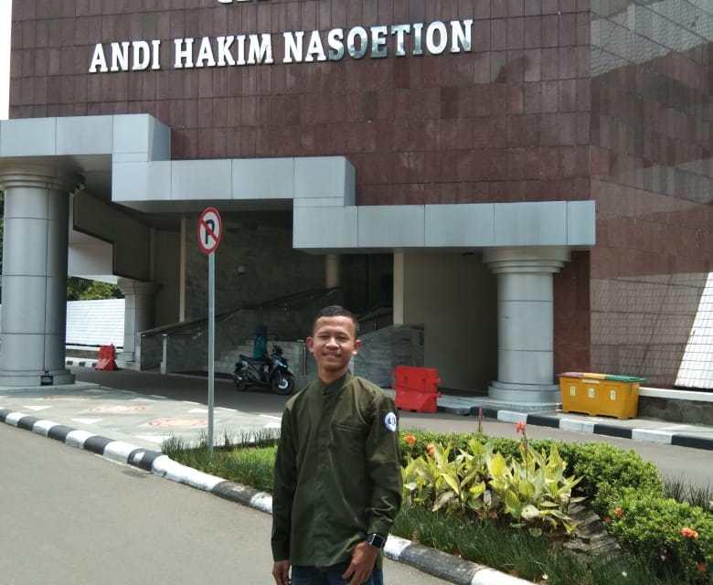 Prof. Dr. Ing. H. BJ. Habibie Dalam Generasi Muda Indonesia