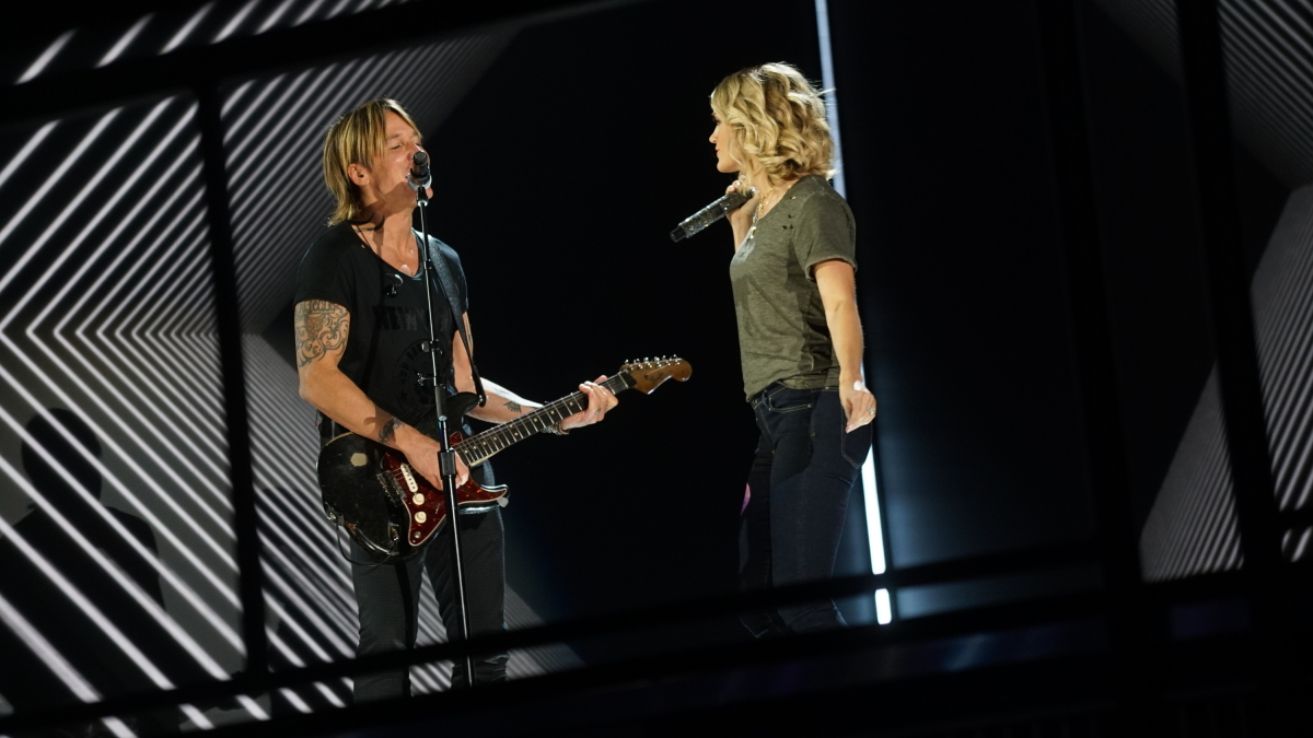 Keith Urban and Carrie Underwood rehearse for THE 59TH ANNUAL GRAMMY AWARDS®, scheduled to broadcast live from the STAPLES Center in Los Angeles, Sunday, Feb. 12 (8:00-11:30 PM, live ET/5:00-8:30 PM, live PT; 6:00-9:30 PM, live MT) on the CBS Television Network. Photo: Monty Brinton/CBS ©2017 CBS Broadcasting, Inc. All Rights Reserved