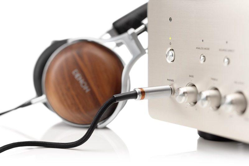 Denon AH-D7200 Auriculares circumaurales cerrados