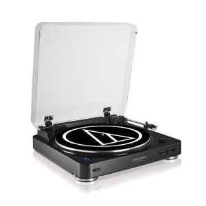 Audio Technica AT-LP60BT. Fully Automatic Wireless Belt-Drive Stereo Turntable.