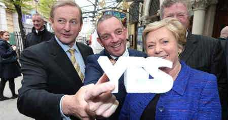 Politicians voting yes