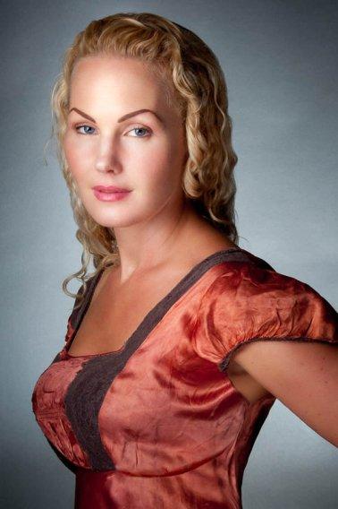 Heather Domhoff portrait by Gilad Koriski