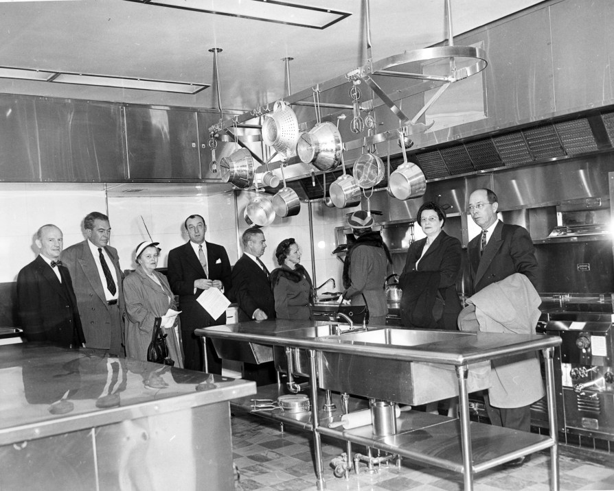 southeast_view_in_the_main_kitchen_of_the_white_house-03-23-1952