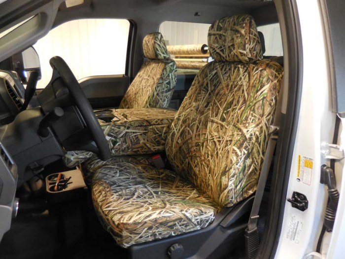 Headwaters Seat Covers 2017 F-250-550 Console down with 10- Shadowgrass Blades™ custom seat covers