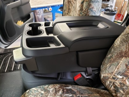 2019 - 2021 Chevy/GMC 40/20/40 with Non-Opening Console