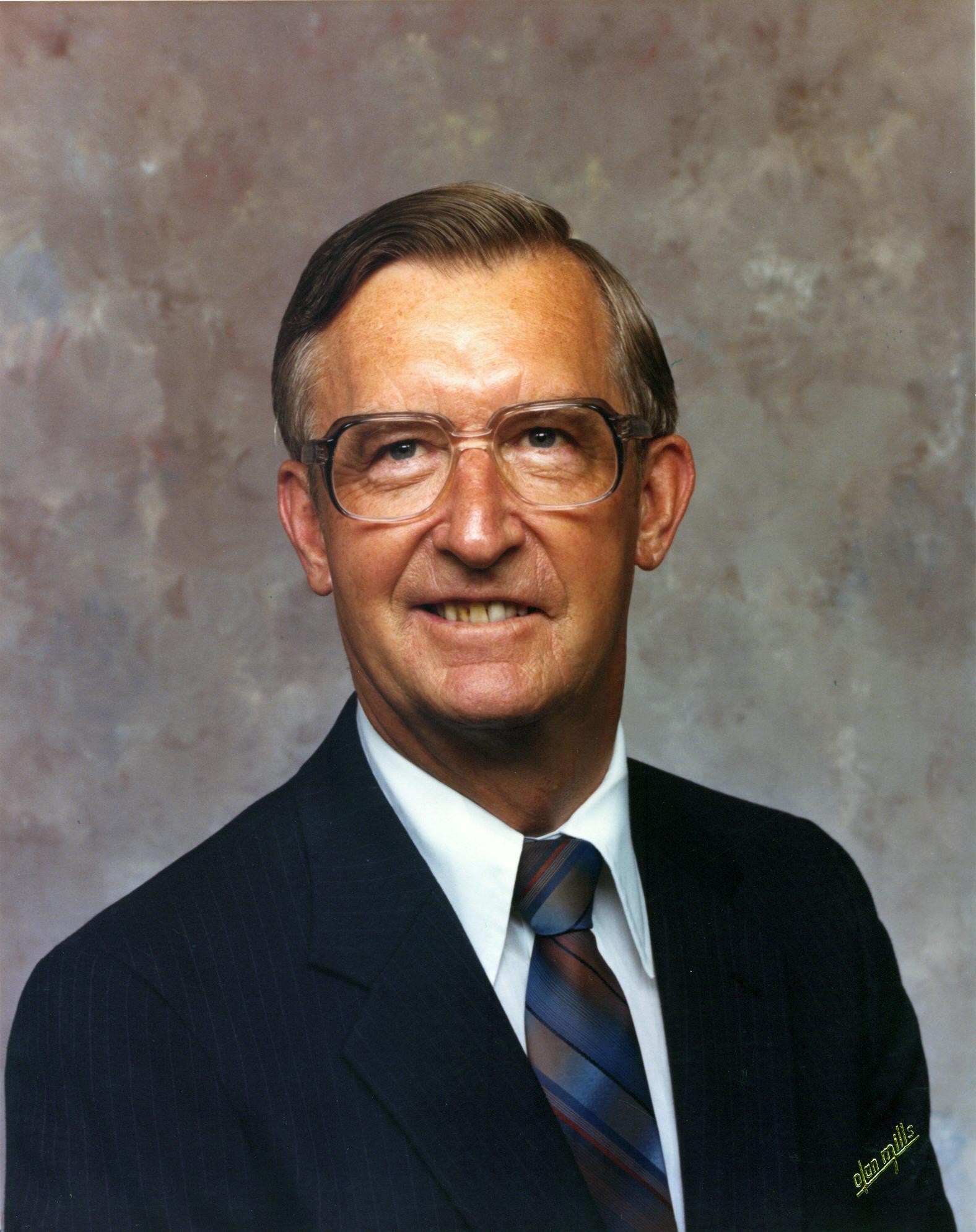 Robert W. Hauptman