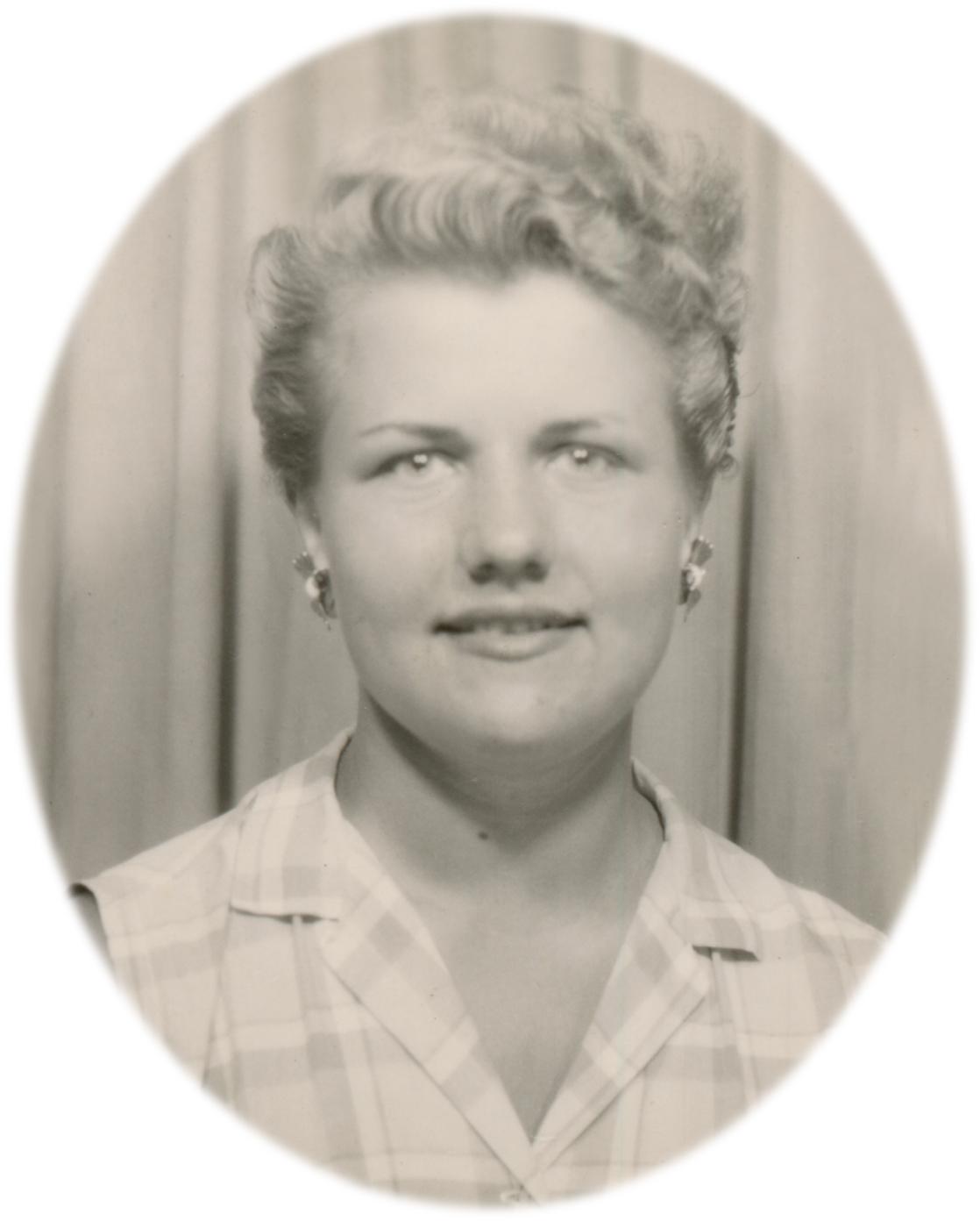 Aina I. Moore