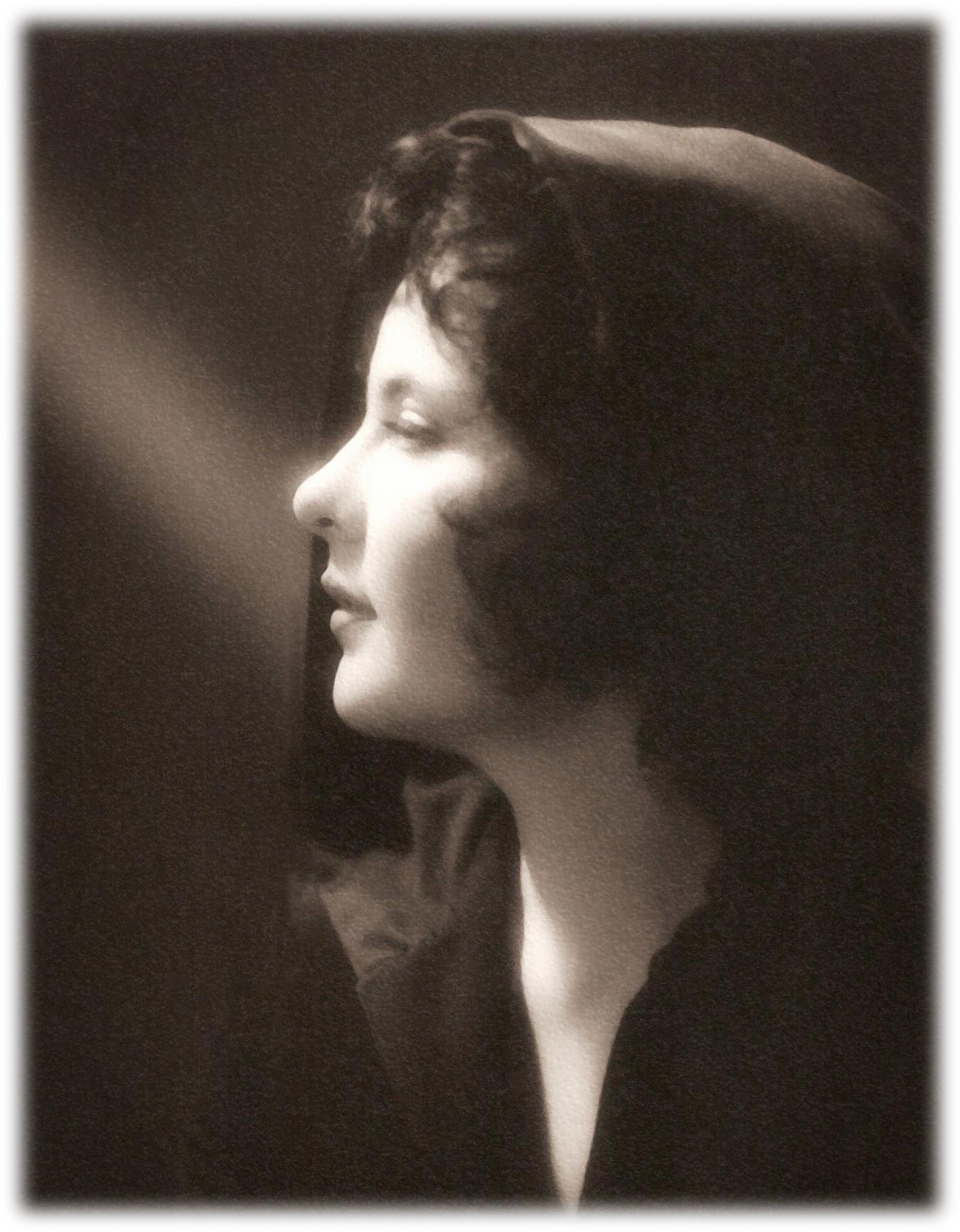 Christine Louise Metry