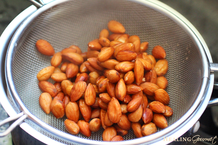 plump almonds for almond milk