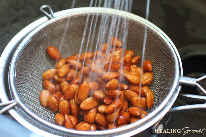 rinse almonds for almond milk