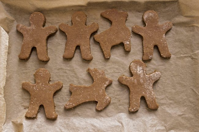 low histamine gingerbread cookies on a parchment background