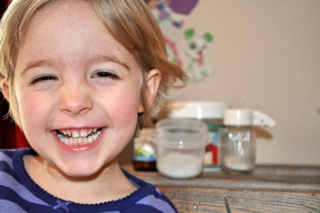 How to make tooth powder