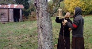Brother Gio Dat - Healing Spring Monastery - 77510- Verdelot - Plum Village