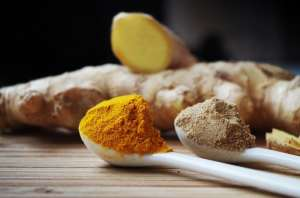Turmeric and Ginger Root and Powder