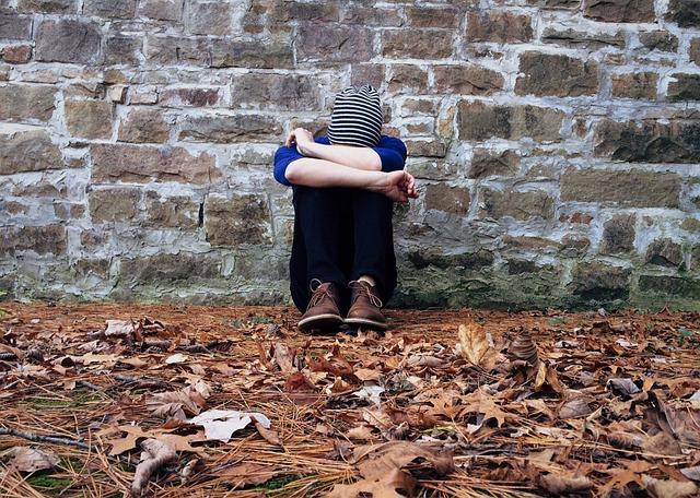 落ち込む、悩む、孤独