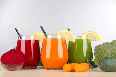 glass-juice-destroys-disease