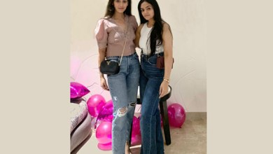 Meet Geetanshika And Kritika who founded One Stop Solution for Psychological and Mental Health Tips :- Twopeasinapod_Gk