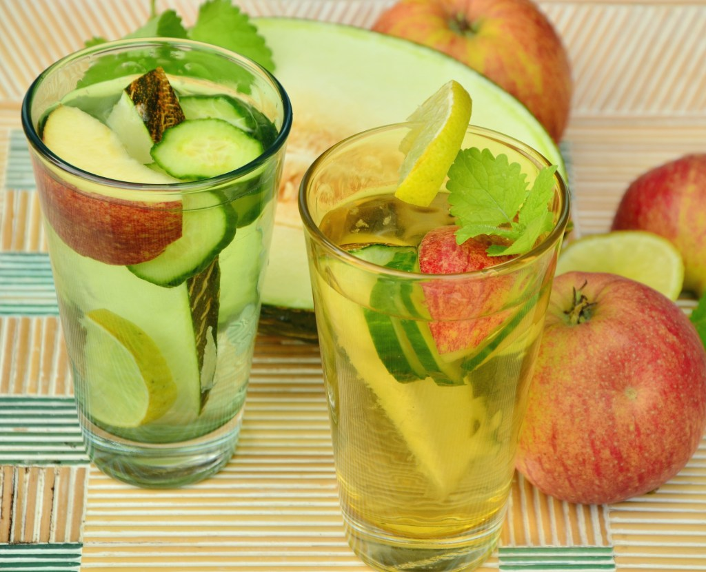 Apple Mint Detox Drink