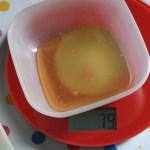 Zuckerfreie Kekse: Unglaublich, aber es schmeckt! Abwiegen fürs backen: Eine Küchenwaage hilft, damit die Zitronen-Mohn-Kekse gut geraten
