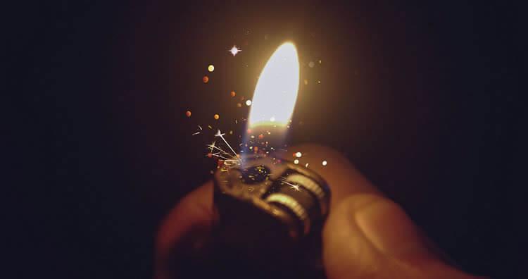 Plus léger dans la main