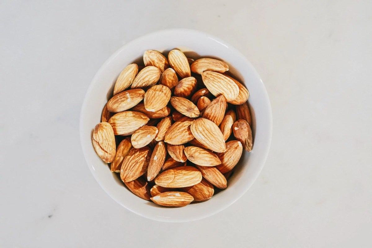 the 15 shocking health benefits of almonds