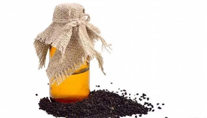 7 Proven Benefits Of Black Seed Oil