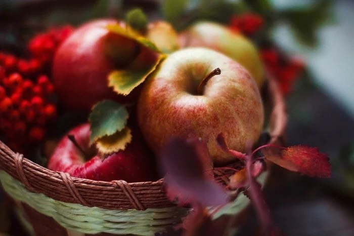 16 Health Benefits Of Consuming Apple