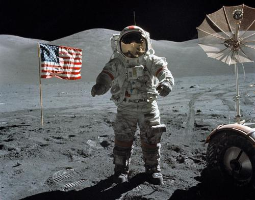 Last_Moon_Walk_Apollo17_640x480