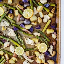 Lemon Garlic Chicken with Vegetables (Easy-Sheet Pan)