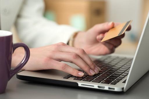クレジットカードの準備