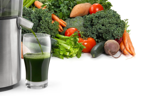 Kale, Tomato, and Celery juice Featured