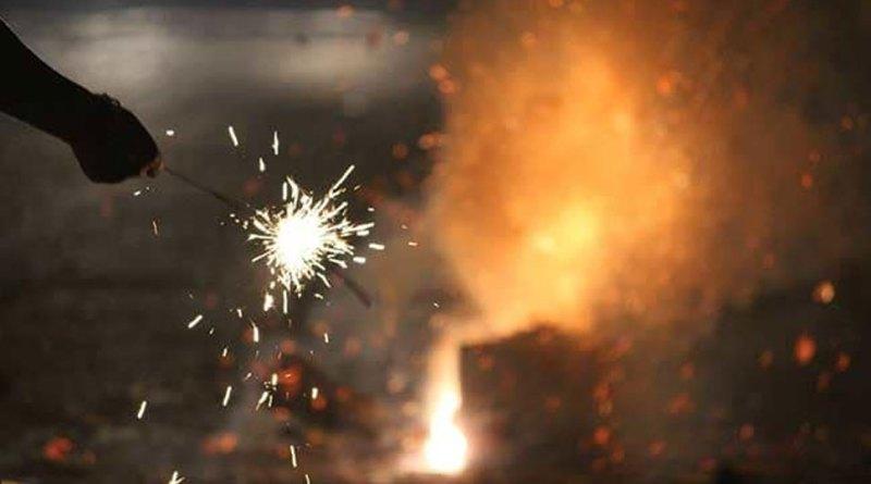 दिवाली पर पटाखों की धूम की कर रहें है तैयारी, तो सेहत को ऐसे करें बचाव