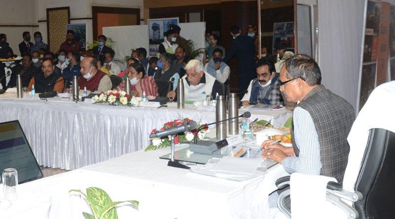 मुख्यमंत्री श्री चौहान ने जबलपुर के विकास के तैयार रोडमैप को सराहा