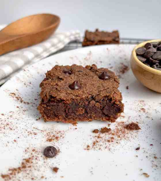 vegan gingerbread protein blondies healthy