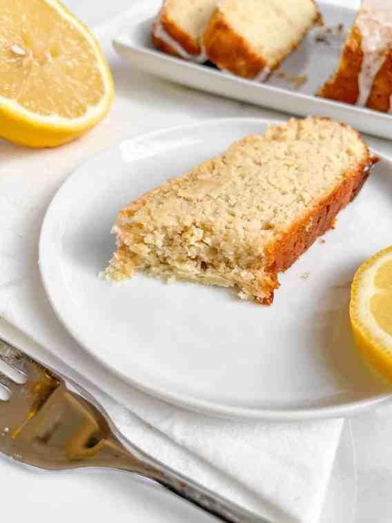Low-fat, grain-free lemon pound cake - recipe by Healthful Blondie