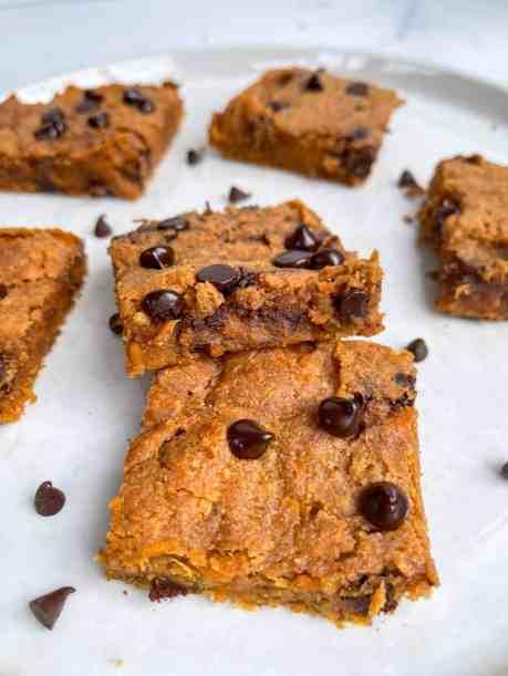 Ultimate Fudgy Sweet Potato Peanut Butter Blondies - recipe by Healthful Blondie