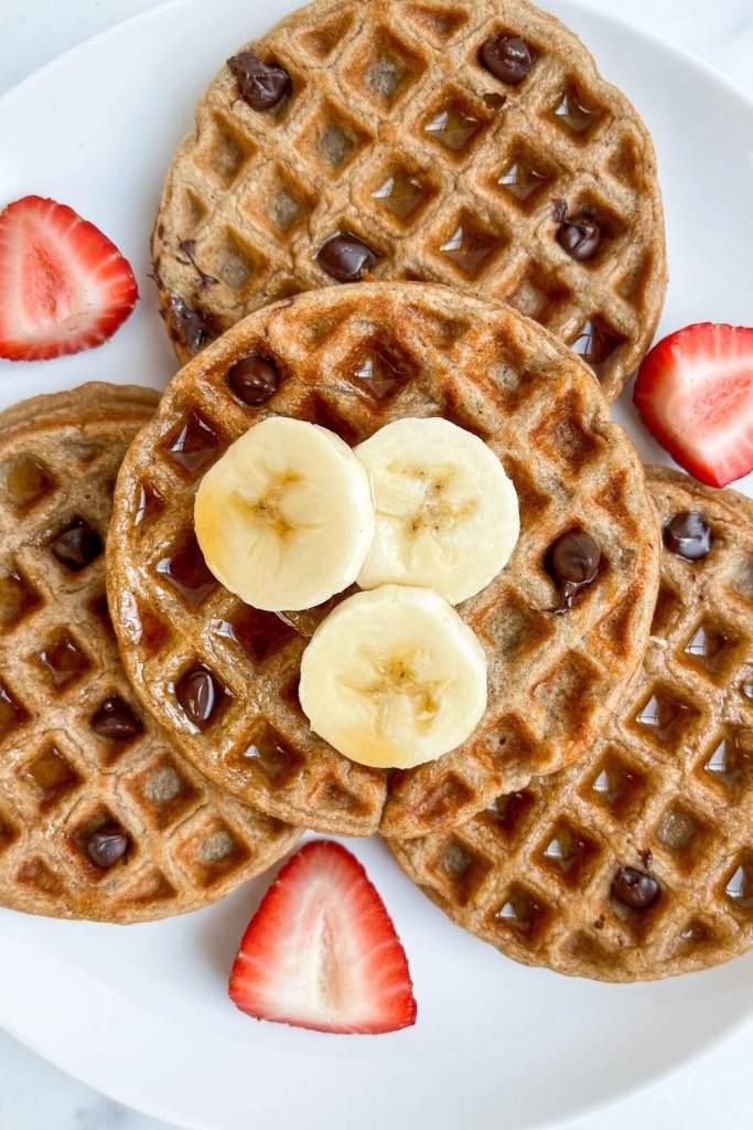 flourless banana oatmeal mini waffles