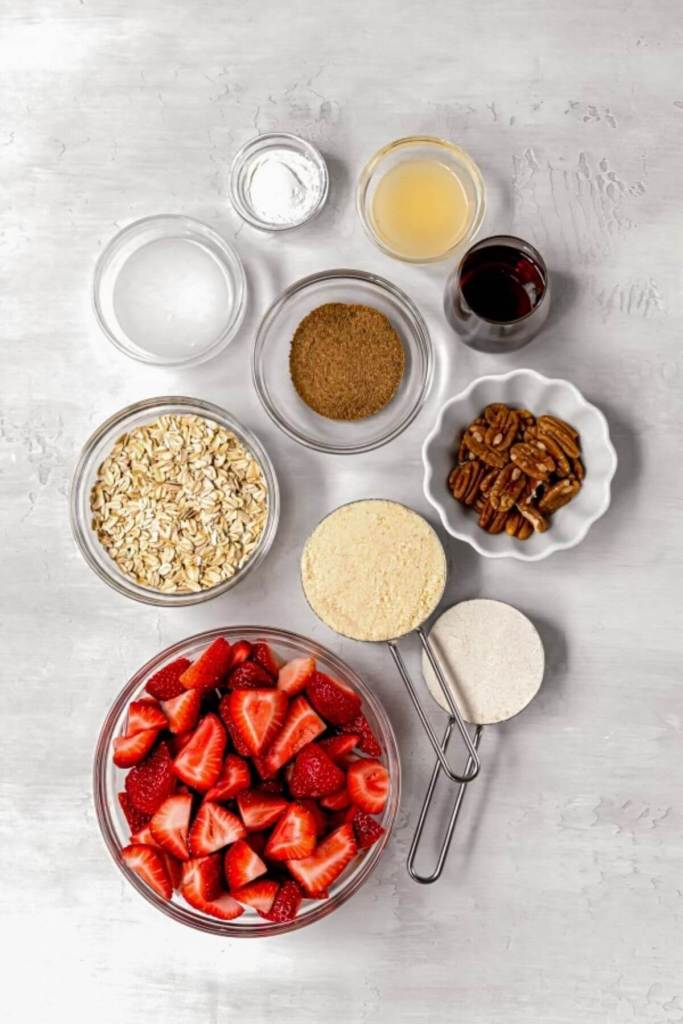 ingredients in healthy strawberry crumble bars