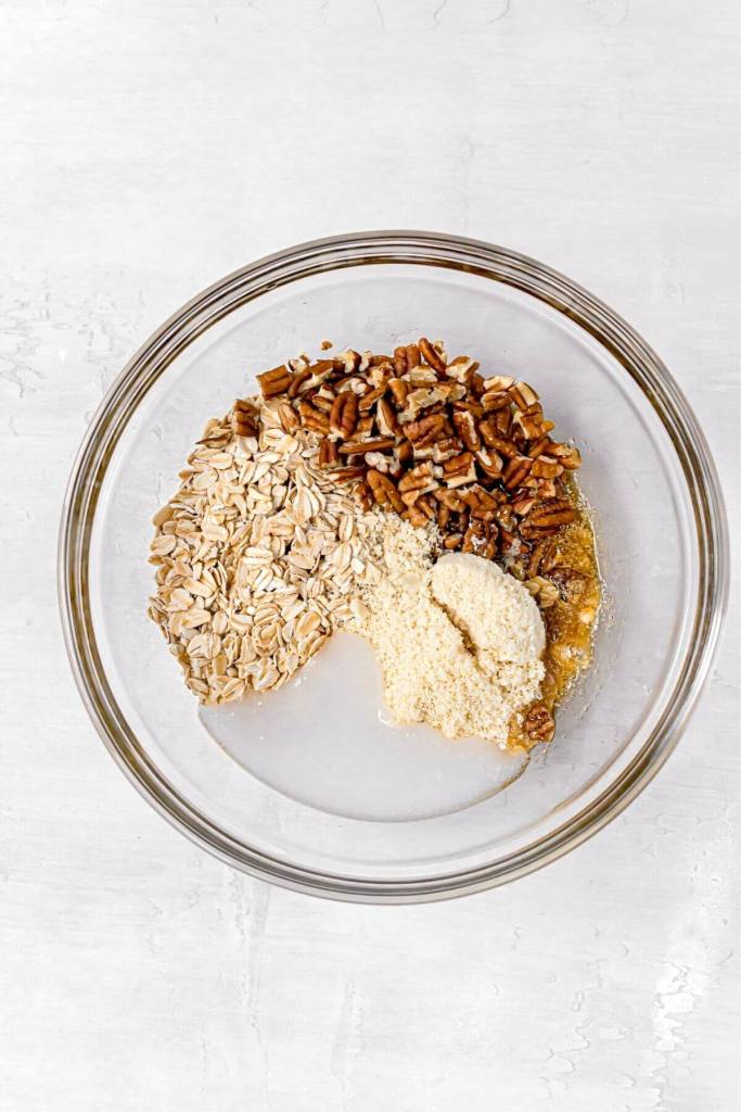 ingredients in oat crumb topping