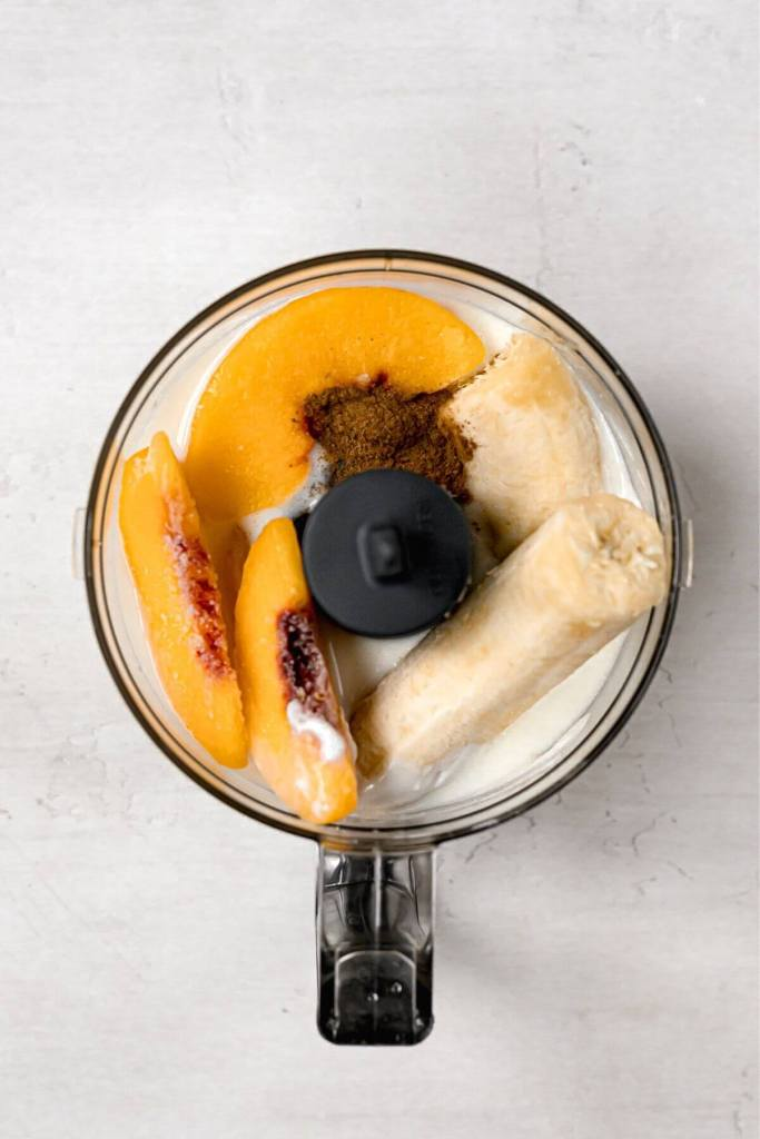 how to make banana peach smoothie in blender