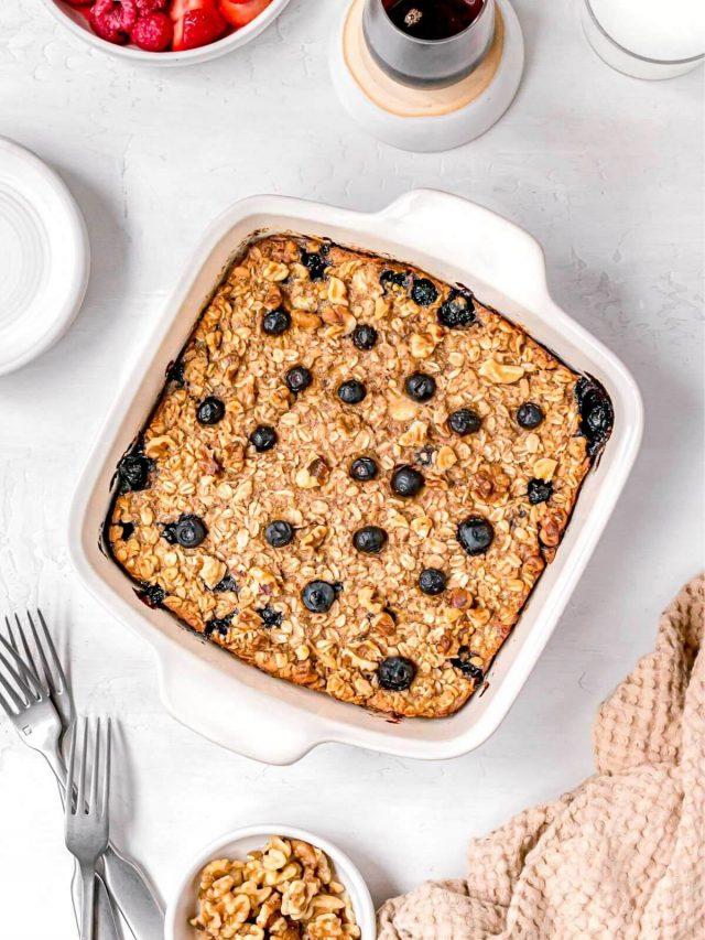 Vegan Baked Oatmeal (10 Ways!)